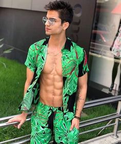 408debf52e2ef3 84 Best EDM   Rave Outfit and Hairstyle for Men images