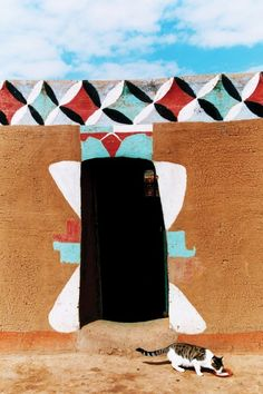 """Litema"" mural art of the Basotho (Basuto or Sotho) ethnic group | Southern Africa"