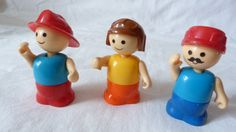 Vintage Shelcore Plastic Little People Set of 3 by ThingsofOld