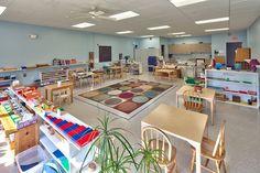Webster Montessori School, New York--Early Childhood classroom School Building Design, Building Layout, School Design, Classroom Setting, Classroom Design, Classroom Decor, School Classroom, Toddler Daycare Rooms, Preschool Rooms