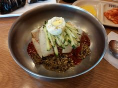 Bibim Naengmyeon (Korean cold noodles)