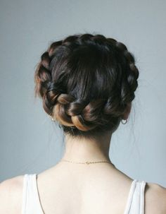 99 Lovely Crown Braid Hairstyles Ideas - New Site Box Braids Hairstyles, Pretty Hairstyles, Braided Crown Hairstyles, Hairstyle Ideas, Wedding Hairstyles, Hairstyle Tutorials, Updo Hairstyle, Braided Updo, German Hairstyle