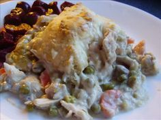WeightWatchers chicken pot pie...a healthier alternative to my other pot pie recipe.