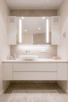 #differend #differendinteriordesign #interiordesign #interieurarchitectuur #modern #bathroom #bathroomdesign #badkamer #badkamerinspiratie #customized #maatwerk #vola #teletask #aquamass #browerswilkins