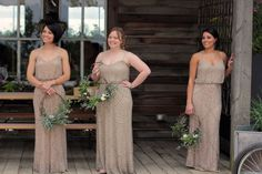have your bridesmaids carry wreaths Love n Fresh Flowers4
