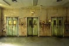 Hospital of Horror photo inspiration for Halloween haunt walls & doors