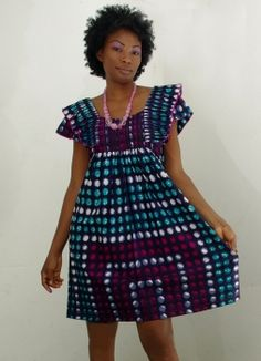 robe courte en pagne chic African Fashion Ankara, Latest African Fashion Dresses, African Dresses For Women, African Print Dresses, African Print Fashion, Africa Fashion, African Attire, African Wear, African Women