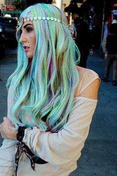 Audrey Kitching <3 #hair #mermaid
