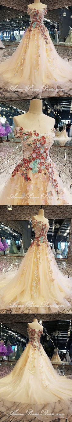 Luxury Prom Dresses Off-the-Shoulder Swing Train Long Prom Dress - The most beautiful dresses and seasonal outfits Flowy Prom Dresses, Gorgeous Prom Dresses, Prom Dresses 2018, Elegant Prom Dresses, Tulle Prom Dress, Lace Evening Dresses, Cheap Prom Dresses, Tulle Lace, Prom Gowns