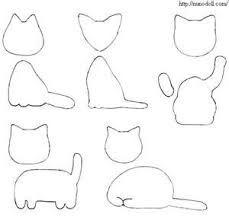Tiny and flat felt cats. Cut felt each 2 pieces without seam allowance. Felt Crafts Diy, Cat Crafts, Fabric Crafts, Sewing Crafts, Sewing Projects, Felt Keyring, Baby Mobile, Felt Cat, Felt Patterns