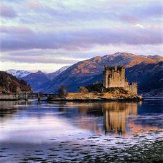 Eilean Donan Castle, Scotland - so mystical #castles #scotland