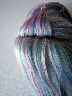 awesome chalk hair!!! GET LISTED TODAY! http://www.HairnewsNetwork.com  Hair News Network. All Hair. All The time.