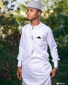 Wedding Guest Look Book For Fashionistas - Sisi Couture African Shirts For Men, African Dresses Men, African Attire For Men, African Clothing For Men, African Wear, Nigerian Men Fashion, Ghanaian Fashion, African American Fashion, African Print Fashion