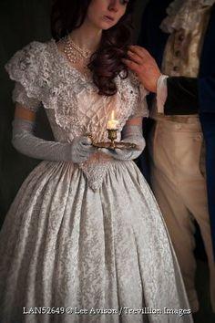 """A maior covardia de um homem é despertar o amor de uma mulher sem ter a intenção de amá-la."""" —Augusto Branco"""