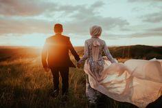 Pre Wedding Photoshoot, Wedding Shoot, Wedding Couples, Dream Wedding, Wedding Ideas, Wedding Photography Styles, Couple Photography, Wedding Photo Inspiration, Wedding Rustic