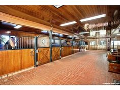 Barn at Quailhurst Vineyards and a Equestrian Estate