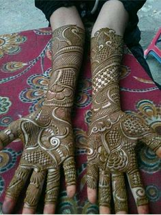 Rajasthani Mehndi Designs, Peacock Mehndi Designs, Full Mehndi Designs, Mehandhi Designs, Legs Mehndi Design, Mehndi Design Pictures, Mehndi Designs For Girls, Latest Bridal Mehndi Designs, Wedding Mehndi Designs
