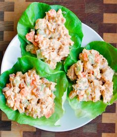 This Buffalo Chicken Salad Lettuce Cups recipe is quick, easy and doesn't require cooking. It's the perfect easy and healthy lunch recipe. Lunch Meal Prep, Meal Prep Bowls, Healthy Meal Prep, Lunch Recipes, Breakfast Recipes, Cooking Recipes, Healthy Recipes, Yummy Recipes, Chicken Breakfast