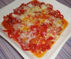 Kaşarlı kırmızı biber kavurması http://www.lezzetliyemeklerperisi.com/kahvaltiliklar/kasar-peynirli-kirmizi-biber-tarifi.html