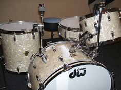 """DW's Buddy Rich Limited Edition Kit. The kit comprises of a 24""""x14"""" Bass Drum, 13""""x9"""" Tom, 16""""x16"""" Floor Tom and a Craviotto solid maple Radio King replica snare drum. It has 3ply Mahogany shells with maple reinforcment rings on the Toms and Bass Drum."""