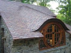 hobbit house-This is a beautiful piece of architecture-can you imagine this?