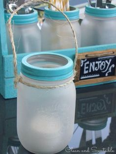 Mason Jar Ideas for Summer - Frosted Mason Jar - Mason Jar Crafts, Decor and Gifts, Centerpieces and DIY Projects With Jars That Are Perfect For Summertime - Fun and Easy Lights, Cool Vases, Creative 4th of July Ideas