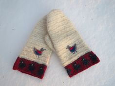 Nålbinding-nahlbinding mittens in goatmohair by ArcticLightCrafts on Etsy