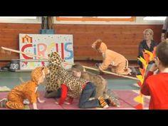 Circus op de Bukehof - YouTube OOK STERKE MANNENACT