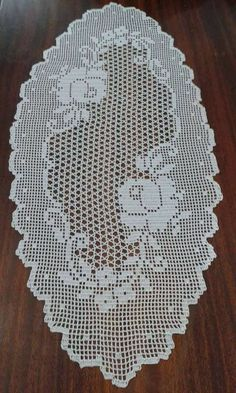 This Pin was discovered by Bet Crochet Table Runner Pattern, Crochet Doily Patterns, Crochet Tablecloth, Thread Crochet, Baby Knitting Patterns, Crochet Motif, Crochet Doilies, Crochet Lace, Free Crochet