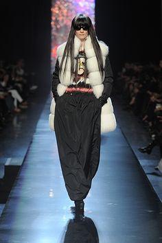 Défilé Automne-hiver 2012-2013 Jean Paul Gaultier - Les lunettes défilent