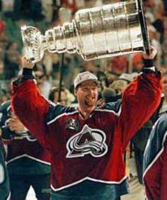 One of my favorite hockey players, Patrick Roy ( goalie for 'Colorado Avalanche'. Now, head coach there. Hockey Goalie, Hockey Games, Ice Hockey, Montreal Canadiens, Patrick Roy, Erik Johnson, Hockey Boards, Goalie Mask, Colorado Avalanche