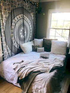 Tumblr Bedroom, Tumblr Rooms, Dream Rooms, Dream Bedroom, Cozy Bedroom, Bedroom Decor, Bedroom Lamps, Trendy Bedroom, Bedroom Designs
