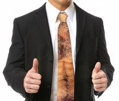 Cravatta a petto nudo