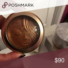 """Sold Out, Limited Edition Mariah Carey Mac """"My Mimi"""" Extra Dimension Skin finish. 2 available!! 🅿️🅿️ . Check out my ig @_makeupsavage05 for all products. Serious inquiries please! Brand new in the box, proof of purchase upon request! MAC Cosmetics Makeup Bronzer"""