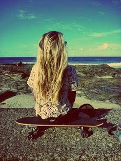 beach hair + lace top + skateboard = perfection