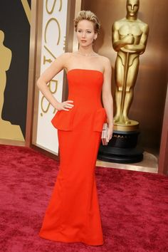 Jennifer Lawrence with Dior dress in Oscars 2014