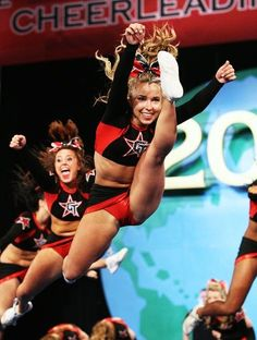 The Best Cheerleader Upskirts You'll Ever See - Page 15 of 21 - Djuff Cheer Jumps, Cheerleading Jumps, College Cheerleading, Cheerleading Pictures, Cheer Stunts, Cheerleading Outfits, Cheer Pictures, Cheerleader Girls, Cheer Athletics