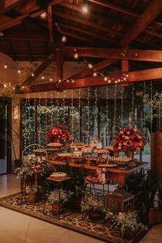 Garden Wedding, Our Wedding, Dream Wedding, Buffet Table Settings, Luxury Wedding Decor, Ideas Para Fiestas, Diy Wedding Decorations, Table Decorations, Just Married