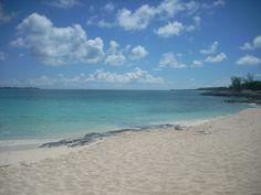 Sandy Toes Beach, Rose Island, Nassau, Bahamas - beautiful beach and super fun!