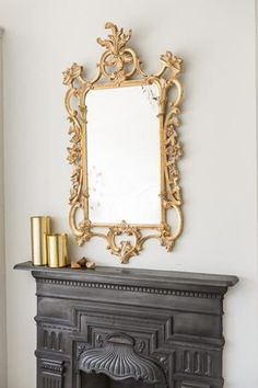 Chippendale Bespoke Mirror is seen in this picture. We create these stunning bespoke mirrors in Bath, UK. Hand gilded in gold or silver leaf or a paint finish of your choosing. A faithful copy of an century Chippendale chinoiserie design. Mirror Mirror, Hidden Tv, Traditional Mirrors, Gold Gilding, Paint Finishes, Chinoiserie, Bespoke, Contemporary