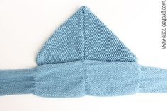 Scarf-hood for a child to knitting. There by alice gerfault Alice, Pulls, Knitted Hats, Couture, Knitting, Children, Sweaters, Diy, Fashion