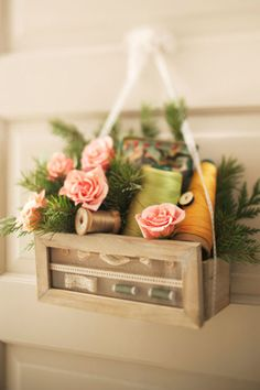 10 Awesome Spring Decorations For Your Front Door