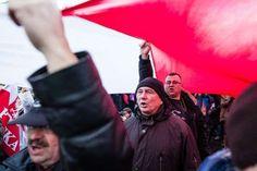 """Polnischer Priester exorziert """"Lügenpresse"""" vor Verlag  © Bereitgestellt von AFP Ein polnischer Priester hat in Begleitung von Mitgliedern nationalkonservativer Gruppen eine Teufelsaustreibung v..."""