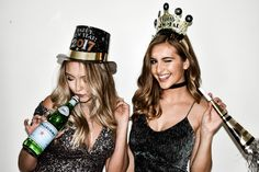 18 ideas photography friends party sisters for 2019 New Year Photoshoot, Photoshoot Themes, Best Friend Photos, Best Friend Goals, Party Pictures, Friend Pictures, Friend Pics, New Years Eve Pictures, Eve Instagram