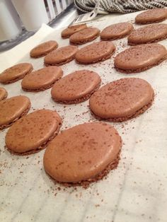 Freckles in April: Recipe: Chocolate Macarons with Cream Cheese Filling