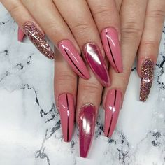 Free hands on @faykeding 💅 💕 💎 glitter (unicorn dust) & chrome powder from @miss_fancys / missfancy.se 😍👌 #nailsmagazine#nailartgallery#hudabeauty#nails#nailtech#naglar#uppsala#followme#instagood#style#picoftheday#beauty#nailswag#gelnails#nailart #make4glam #nailpromagazine#tmblrfeature#nailprodigy#nailwow#allprettynails#vegas_nay#nailitmag#inspo#nailoftheday#nailinspo#beautiful#trendynails #nailie #thenailgoals
