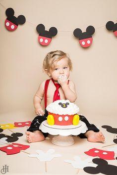 Mickey Mouse Themed Cake Smash by Jenn Hoffman #themedcakes