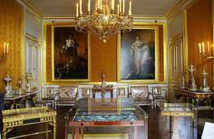 Beautiful Interiors, French Interiors, Empire Style, Napoleonic Wars, Historical Architecture, Luxury Interior Design, Table Settings, Travel Blog, French Style
