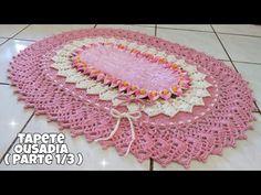 Tapete Ousadia ( PARTE 1) Tapete de crochê oval florido com bico do tapete envolvente - YouTube Crochet Home Decor, Crochet Crafts, Crochet Table Mat, Diy And Crafts, Crafts For Kids, Crochet Mandala, Crochet Videos, Rugs On Carpet, Outdoor Blanket