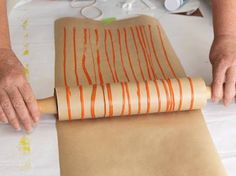 I could see doing this on fabric for a funky stripe! DIY Wrapping Paper, Cards, Wallpaper & More With Roller Pins : EcoSalon Art For Kids, Crafts For Kids, Arts And Crafts, Shibori, Diy Wrapping Paper, Silkscreen, Stoff Design, Mark Making, Paper Cards